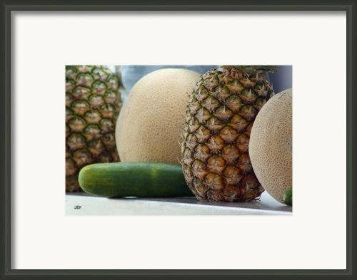 9720 Framed Print By Jim Simms