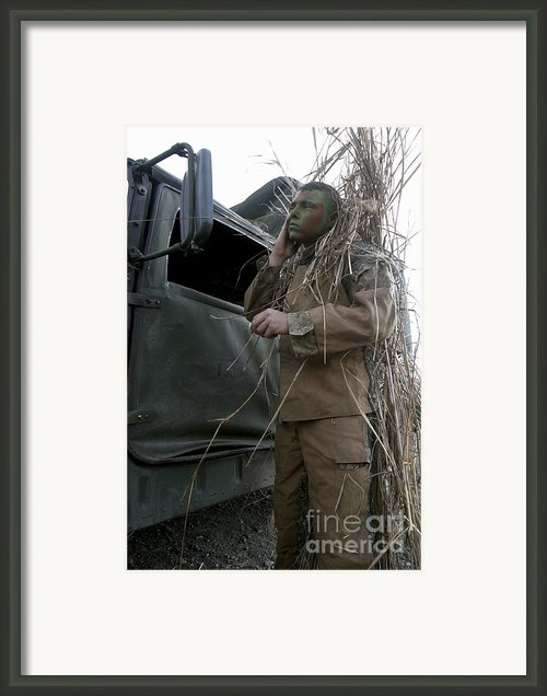 A Scout Observer Applies Camouflage Framed Print By Stocktrek Images
