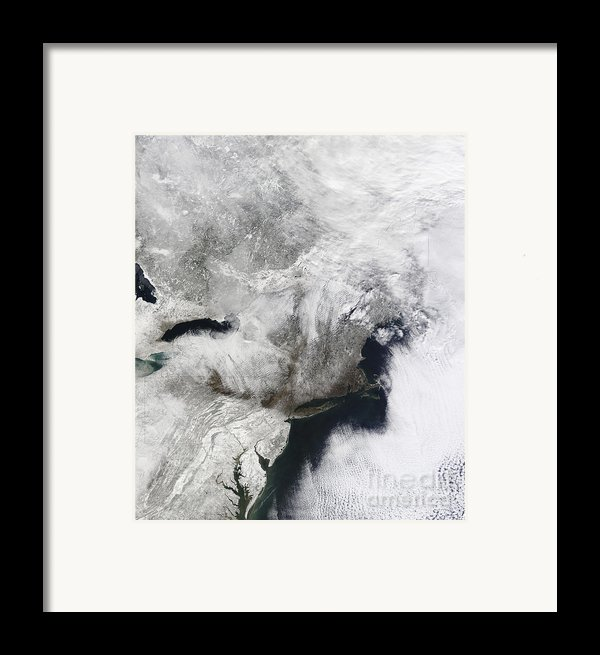A Severe Winter Storm Framed Print By Stocktrek Images