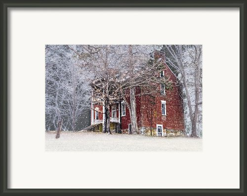 A Snowy Night Framed Print By Kathy Jennings