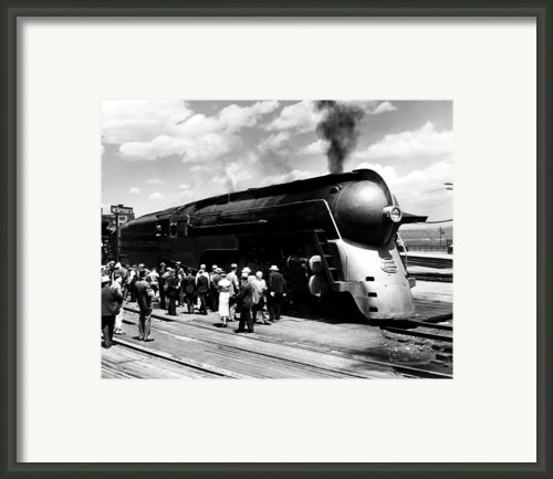 A Streamliner Train In Albany, New Framed Print By Everett