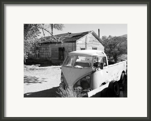 Abandoned Volkswagen Van Framed Print By Troy Montemayor