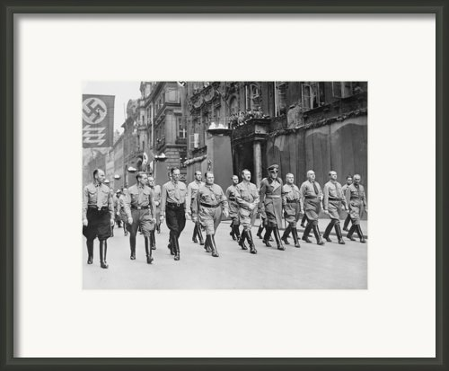 Adolf Hitler, Hermann Goering Framed Print By Everett