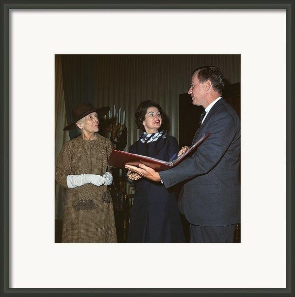 Alice Roosevelt Longworth Returns Framed Print By Everett