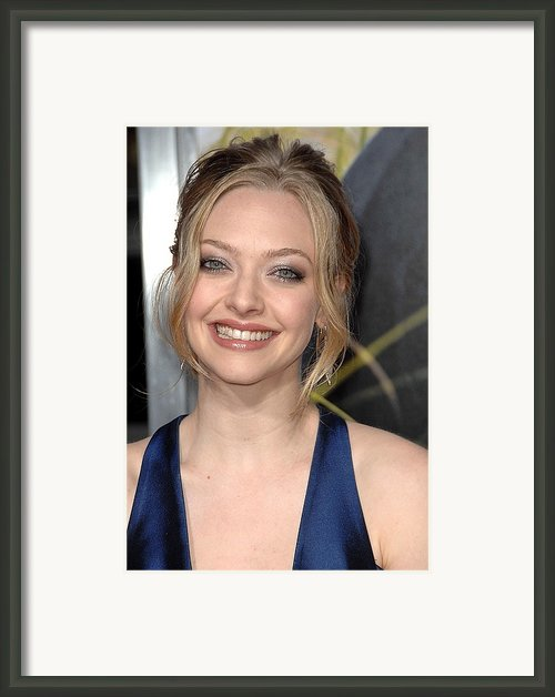 Amanda Seyfried At Arrivals For Dear Framed Print By Everett