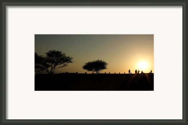 And The Day Ends Quietly.. Framed Print By Saurabh Shenai