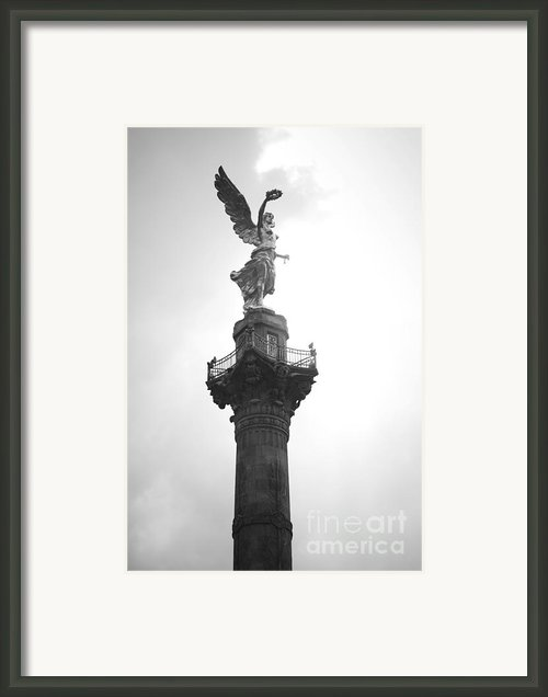 Angel Of Independence Bw Framed Print By L E Jimenez