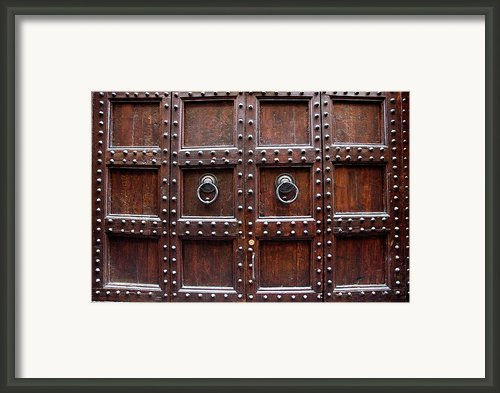Antique Wood Door In Florence Framed Print By Giuseppe Ceschi