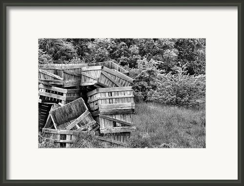Apple Crate Bw Framed Print By Jc Findley