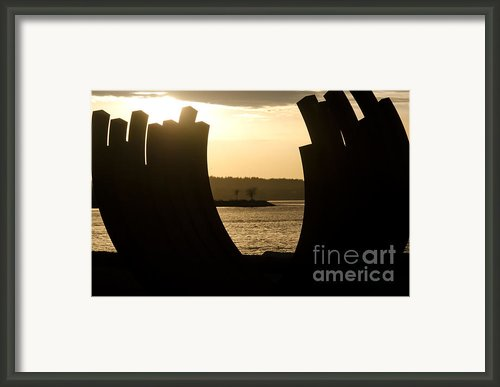 Arcs Sunset Bernar Venet Sculpture Sunset Beach Park Vancouver Bc Canada Framed Print By Andy Smy