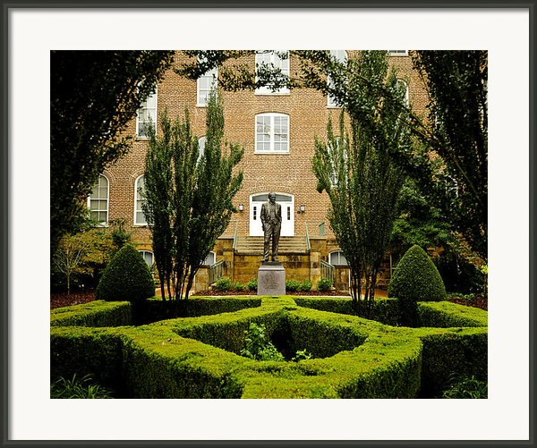 Arkansas Greenery Surrounds The Arkansas Campus Framed Print By Replay Photos