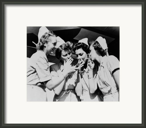 Army Nurses Lighting Framed Print By Everett