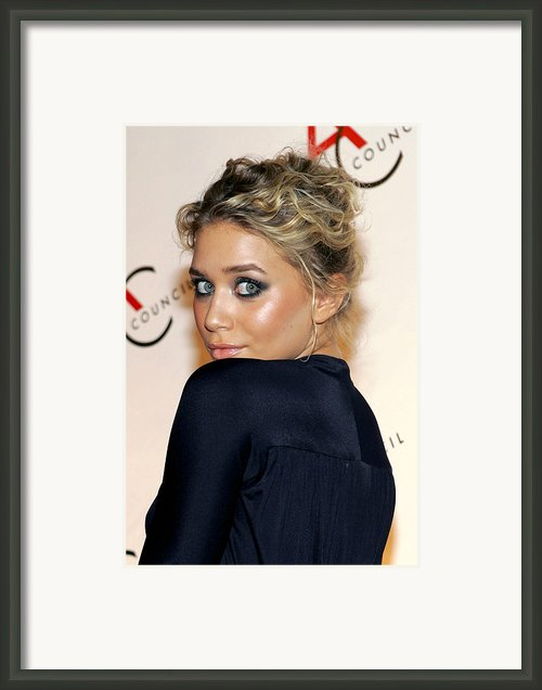 Ashley Olsen Wearing Calvin Klein Framed Print By Everett