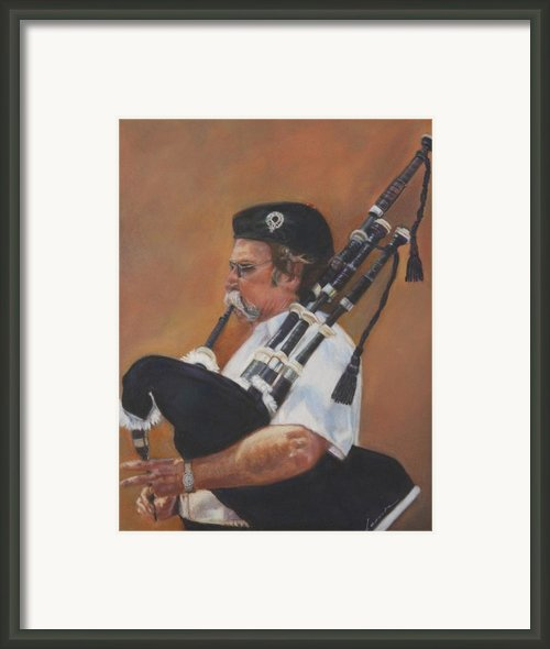 Bag Pipe Framed Print By Leonor Thornton