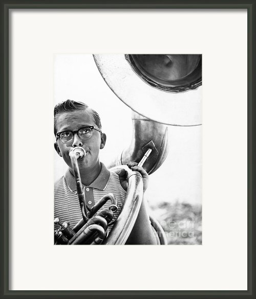 Band Member Framed Print By Hans Namuth And Photo Researchers