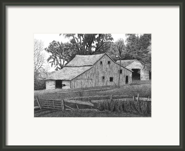 Barn 14 Framed Print By Joel Lueck