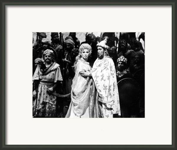 Beverly Sills, Justino Diaz Performing Framed Print By Everett