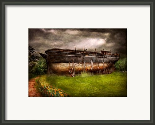 Boat - The Construction Of Noah