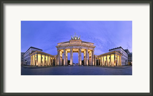 Brandenburger Tor Berlin Framed Print By Greta Schmidt