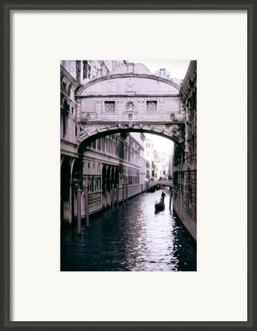Bridge Of Sighs Framed Print By Traveler Scout