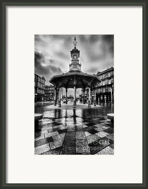 Bridgeton Cross Bandstand Glasgow Framed Print By John Farnan