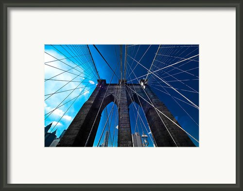 Brooklyn Bridge Vertical Framed Print By Thomas Splietker