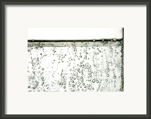 Bubbles Framed Print By Photo Researchers, Inc.