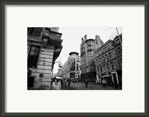 Buchanan Street Shopping Area On A Cold Wet Day In Glasgow Scotland Uk Framed Print By Joe Fox