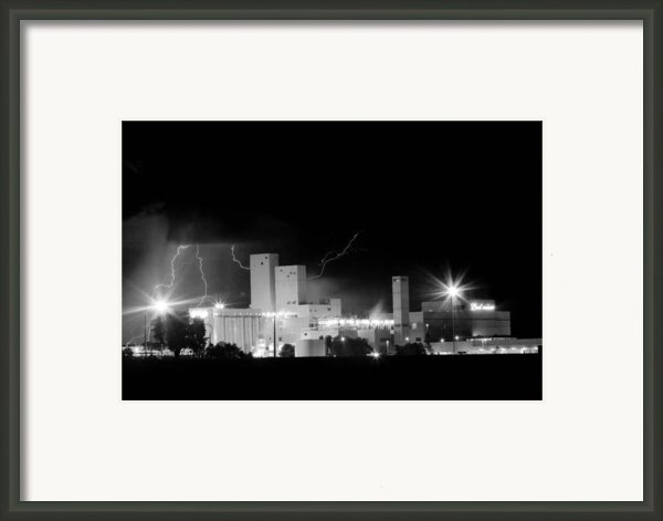 Budwesier Brewery Lightning Thunderstorm Image 3918  Bw Framed Print By James Bo Insogna