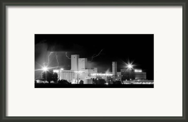 Budwesier Brewery Lightning Thunderstorm Image 3918  Bw Pano Framed Print By James Bo Insogna