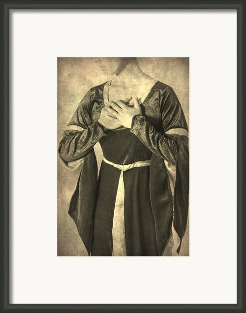 Bust Of A Woman Framed Print By Joana Kruse