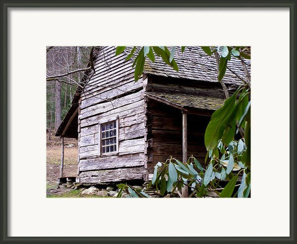 Cades Cove Cabin Framed Print By Jim Finch