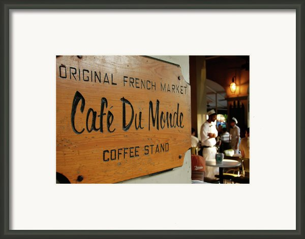 Cafe Du Monde Framed Print By Kg Thienemann