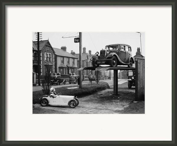 Car Envy Framed Print By Richards