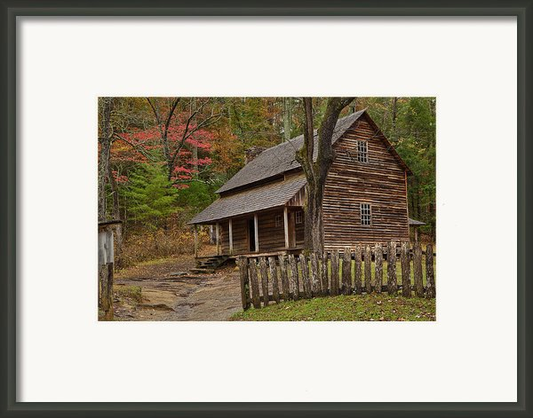 Carter House Framed Print By Charles Warren