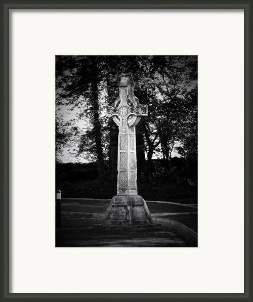 Celtic Cross In Killarney Ireland Framed Print By Teresa Mucha