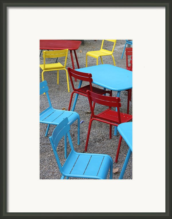 Chairs In Bryant Park Framed Print By Lauri Novak