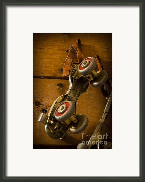 Childhood Moments Framed Print By Fran Riley