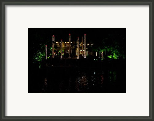 Christmas In The Caribbean Framed Print By Tom Dowd