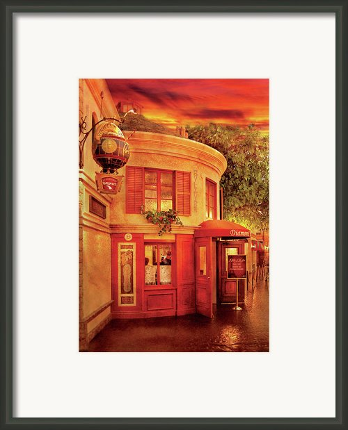 City - Vegas - Paris - Vins Detable Framed Print By Mike Savad