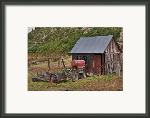 Colorado Ranch Framed Print By Charles Warren