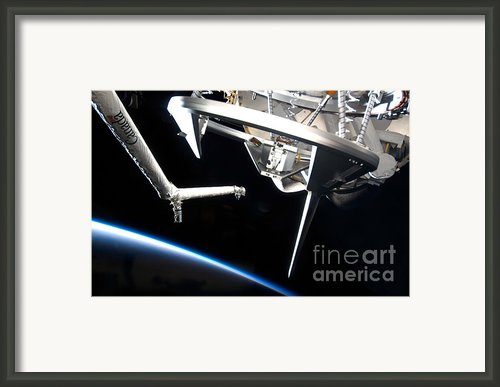 Components Of Space Shuttle Discovery Framed Print By Stocktrek Images