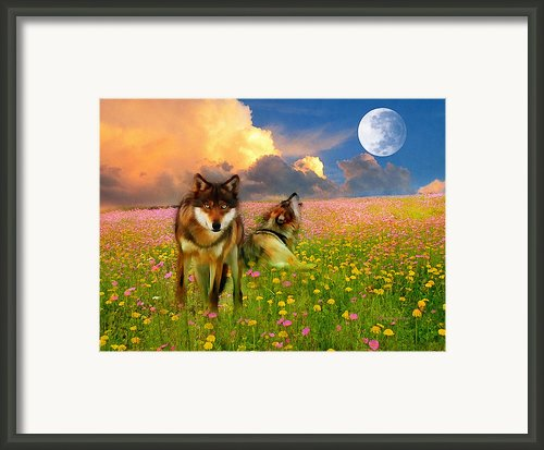 Cry At The Moon Framed Print By Zeana Romanovna