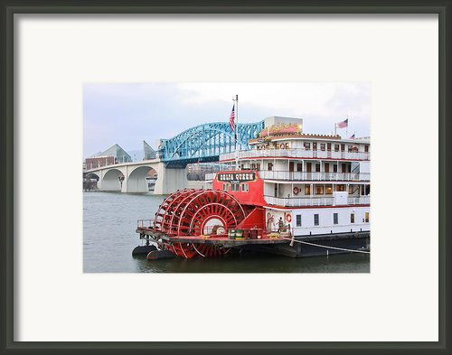 Delta Queen In Chattanooga Framed Print By Tom And Pat Cory