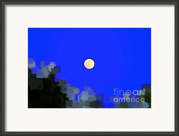 Distortion Framed Print By Gwyn Newcombe
