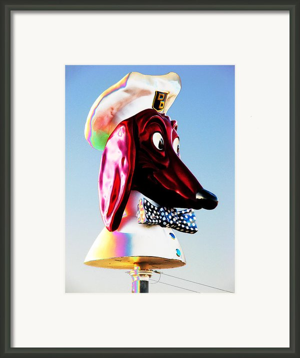 Doggie Diner Sign Framed Print By Samuel Sheats