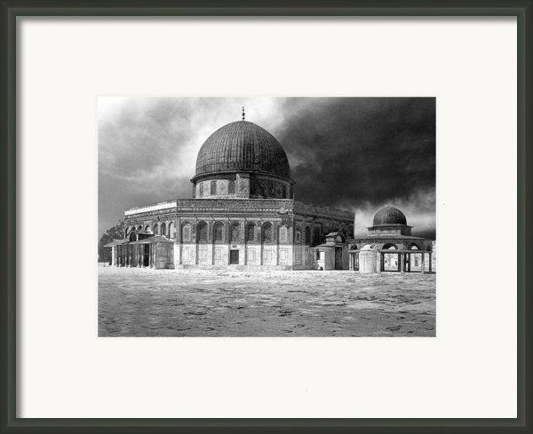 Dome Of The Rock - Jerusalem Framed Print By Munir Alawi