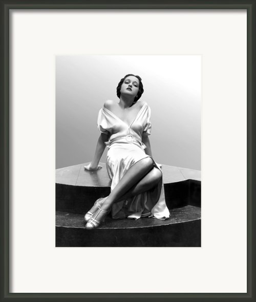 Dorothy Lamour, 18 Years Old, 1933 Framed Print By Everett