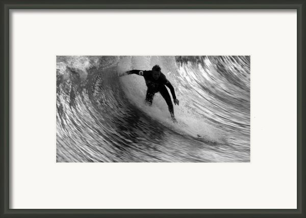 Dropping In At San Clemente Pier Framed Print By Brad Scott
