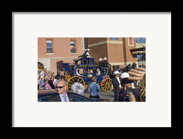 Duke And Duchess Of Cambridge 3 Framed Print By Donna Munro